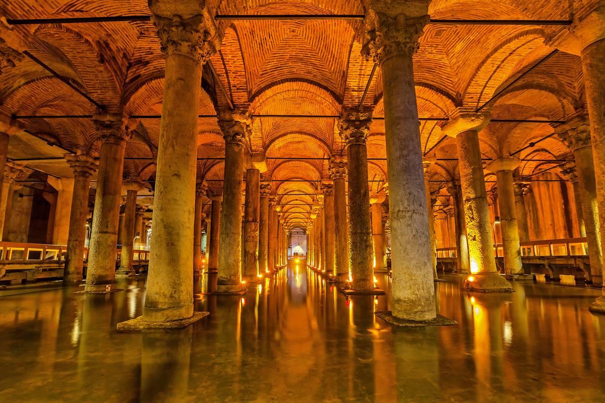 Basilica Cistern, Istanbul - RueBaRue