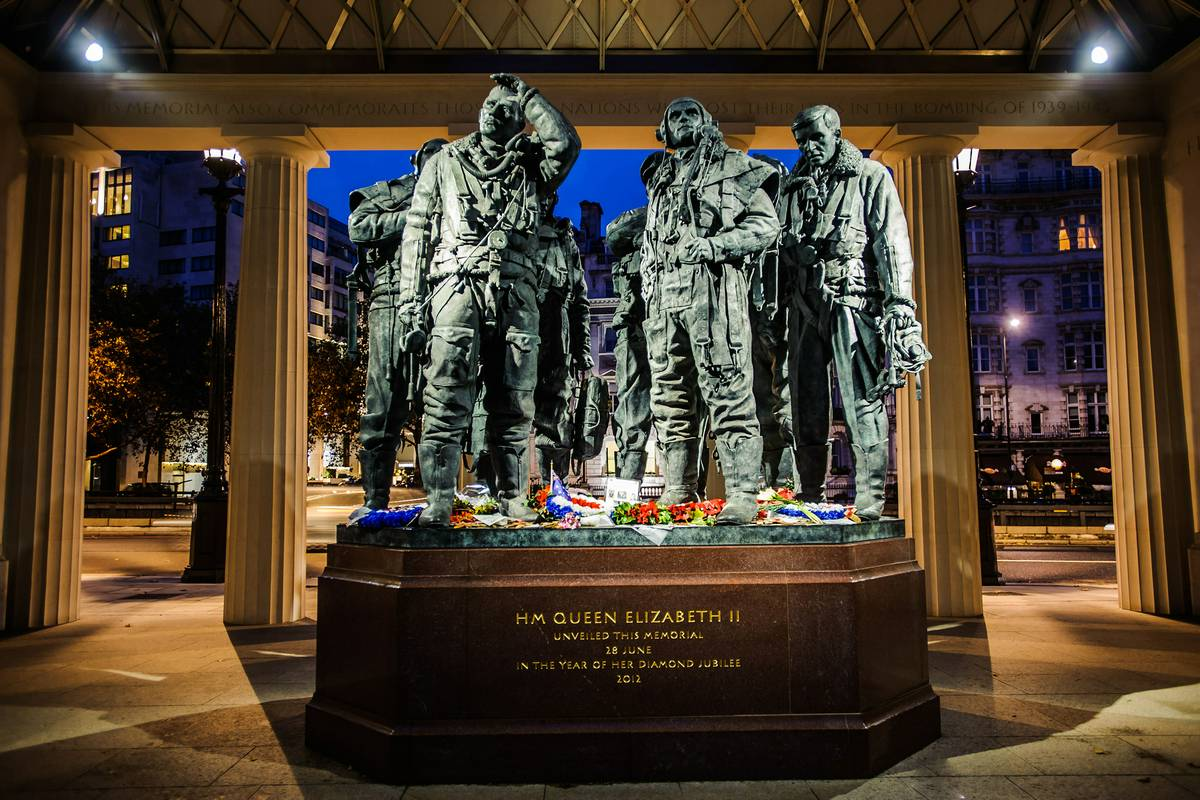 Bomber Command Memorial London Ruebarue
