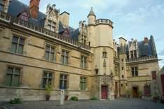 Musée National du Moyen Âge / Hôtel de Cluny