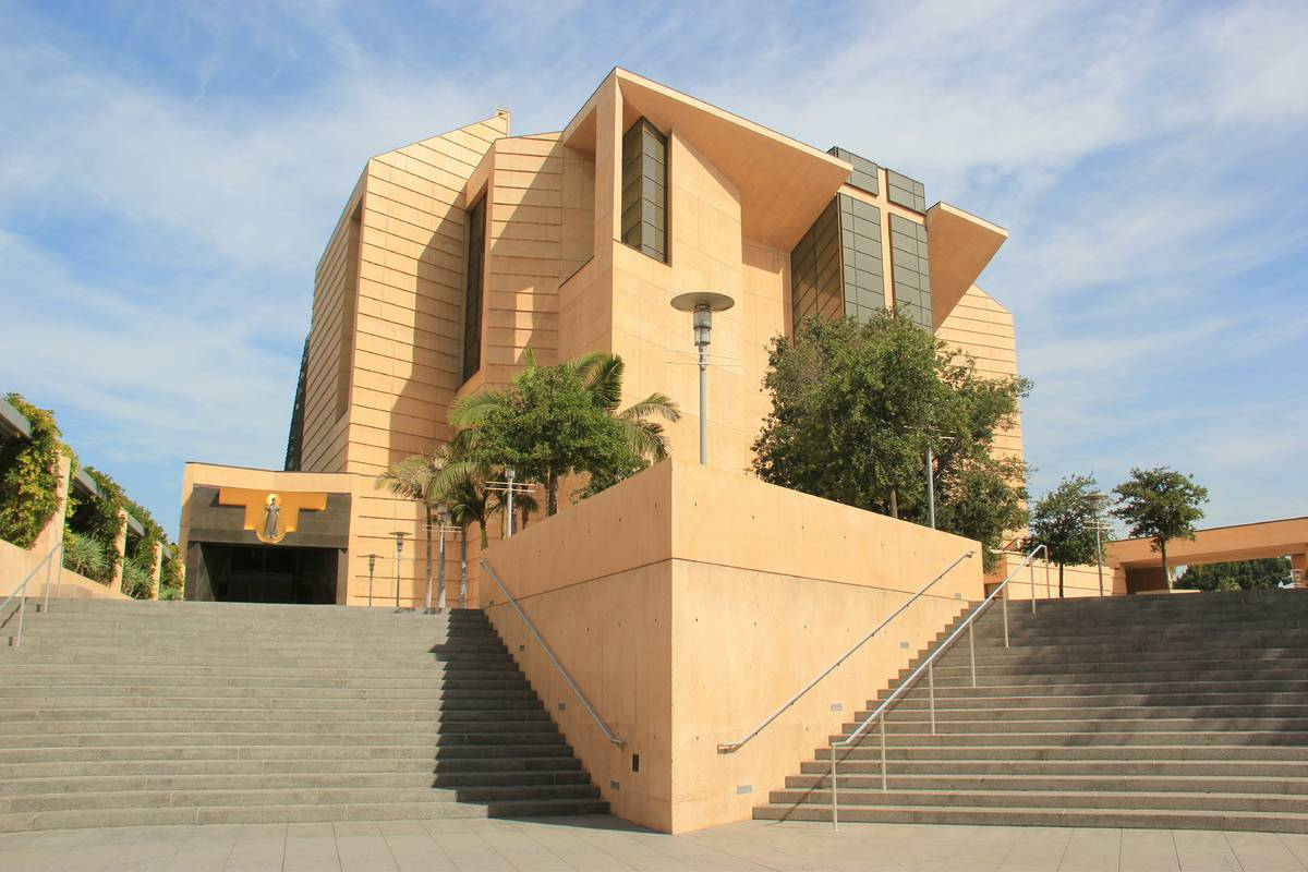 Cathedral Of Our Lady Of The Angels Los Angeles Ruebarue
